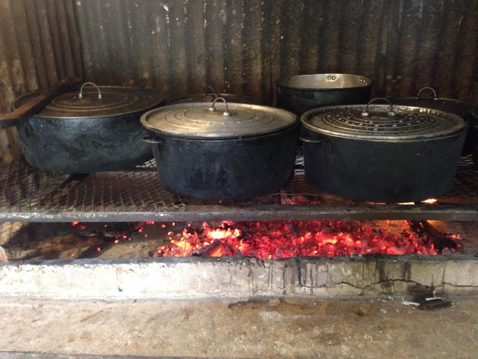 Belizean Food Cooked Fire Wood Style - El Fogon Restaurant & Bar